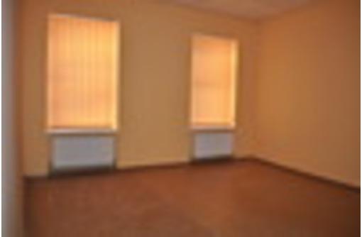 Сдаются офисные помещения 12, 18, 18, 22 и 26 кв.м в центре Севастополя - Сдам в Севастополе