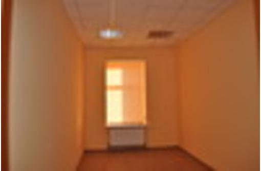 Благоустроенные офисы  18  кв.м в центре от собственника - Сдам в Севастополе