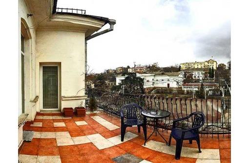 Сдается посуточно 2-комн. квартира центр Большая Морская, фото — «Реклама Севастополя»