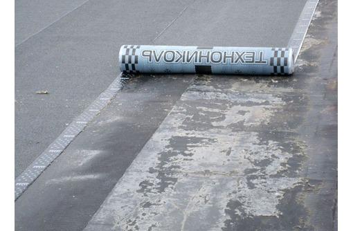 Демонтаж и устройство мягкой кровли, фото — «Реклама Севастополя»
