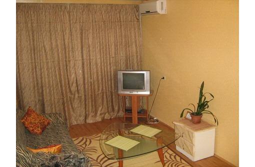 Сдам свою квартиру  посуточно б.Стрелецкая рядом ЦУМ - Аренда квартир в Севастополе