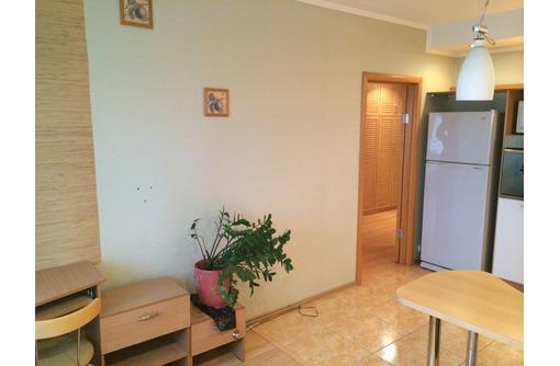 2-комнатная, Воронина-9, пл.Лазарева. - Аренда квартир в Севастополе