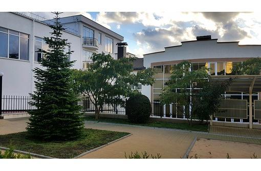 Новый дом в элитном коттеджном поселке, ул.Тимма, фото — «Реклама Севастополя»