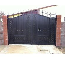 Металлоизделия Двери-ворота - Заборы, ворота в Евпатории