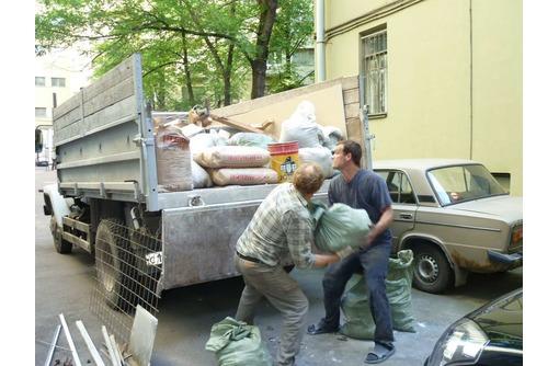 Вывоз строительного мусора, хлама, старой мебели «под ключ». Профессионально.  – ТК «РазГруз», фото — «Реклама Евпатории»