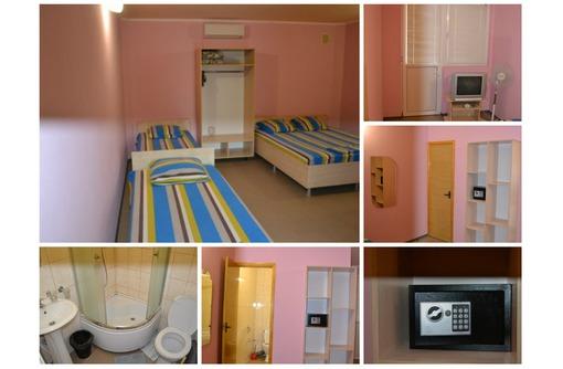 Сдам номера (комната,кухня,сан.узел-в каждом) - Гостиницы, отели, гостевые дома в Алуште