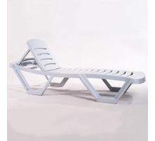 Лежак - шезлонг пляжный пластиковый - Садовая мебель и декор в Севастополе