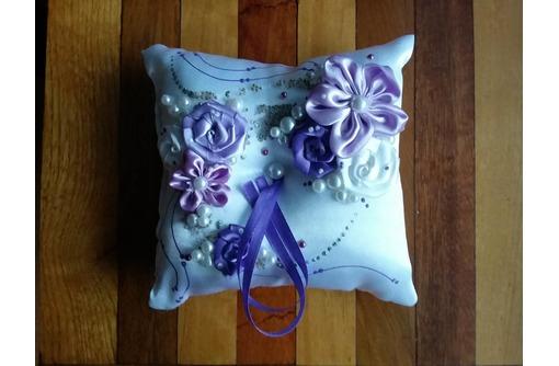 Свадебная подушечка для обручальных колец, фото — «Реклама Бахчисарая»