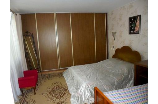 Четырехкомнатный двухэтажный дом в Феодосии. - Аренда домов, коттеджей в Феодосии