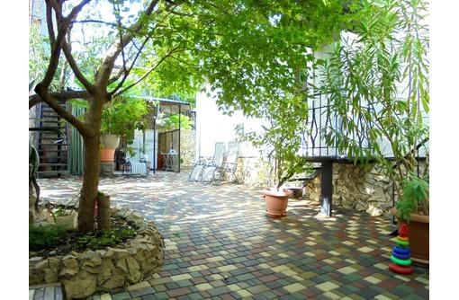 Двухкомнатный домик с беседкой на 3-5 человек в Феодосии. - Аренда домов, коттеджей в Феодосии