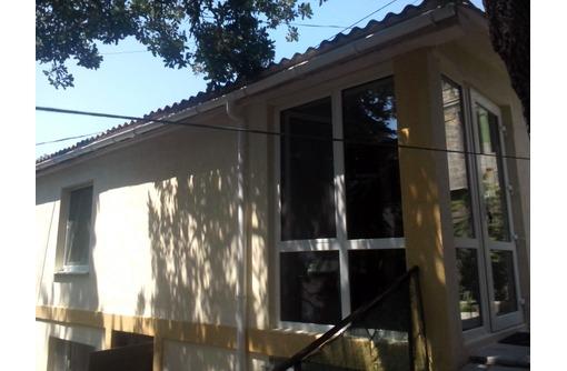 2х к. домик с двориком и бассейном, фото — «Реклама Фороса»
