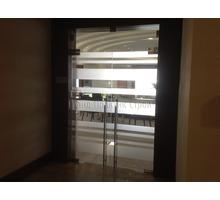 Цельностеклянные перегородки для офиса - Межкомнатные двери, перегородки в Симферополе