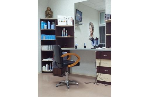 требуется мастер парикмахер универсал - Красота, фитнес, спорт в Феодосии