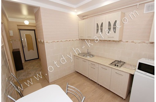 Посуточная аренда 1-комнатной квартиры рядом с набережной - Аренда квартир в Феодосии