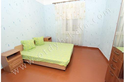 """Отдельный 3-х комнатный дом, свой двор, гараж, 7 минут до песчаного пляжа """"Лазурный берег"""" - Аренда домов, коттеджей в Феодосии"""