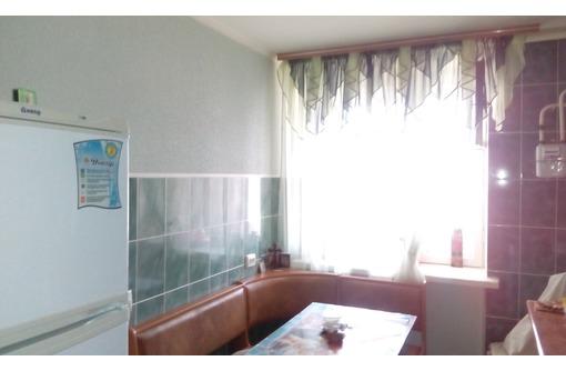 Продам свою 4-комнатную квартиру в пгт Раздольное - Квартиры в Красноперекопске