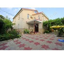 Большой дом с отдельным зеленым двором и зоной для барбекю - Аренда домов, коттеджей в Феодосии