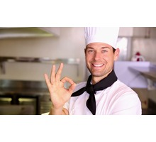 Требуется повар восточноевропейской кухни хорошая зарплата - Бары / рестораны / общепит в Евпатории