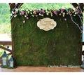 Рустикальный свадебный декор.Свадьба в стиле рустик.Оформление праздника в лесном стиле.Стена из мха - Свадьбы, торжества в Симферополе