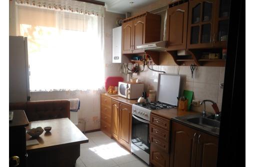 Сдается 2-комнатная, улица Колобова, 27000 - Аренда квартир в Севастополе
