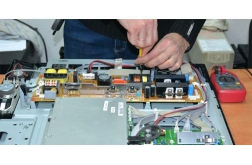 Срочный ремонт телевизоров на дому. Телемастер в Севастополе, фото — «Реклама Севастополя»
