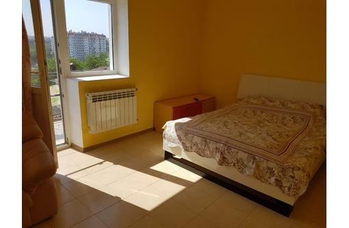 Сдается 2-комнатная, улица Гусева, 23000 рублей, фото — «Реклама Севастополя»