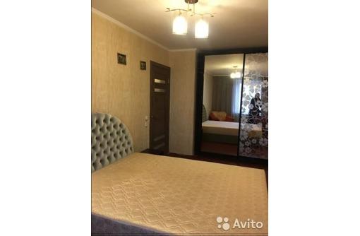 Сдается 2-комнатная, улица Юмашева, 20000 рублей, фото — «Реклама Севастополя»