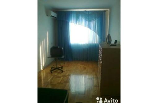 Сдается 2-комнатная, улица Фадеева, 28000 рублей. - Аренда квартир в Севастополе