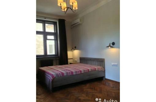 Сдается 2-комнатная, улица Генерала Петрова, 40000 рублей, фото — «Реклама Севастополя»