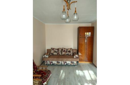 Сдается 1-комнатная, улица Хрусталева, 18000 рублей, фото — «Реклама Севастополя»