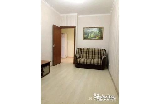 Сдается 1-комнатная, улица Челнокова, новострой, 22000 рублей - Аренда квартир в Севастополе