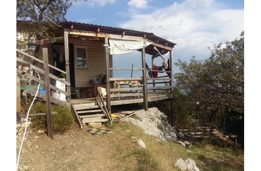 Продается видовой участок 6 соток ижс, с летним дом в жилом состоянии - Дома в Форосе