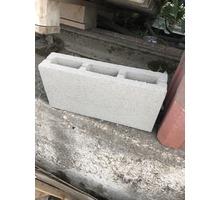 Шлакоблок пустотелый на перегородки - Кирпичи, камни, блоки в Симферополе
