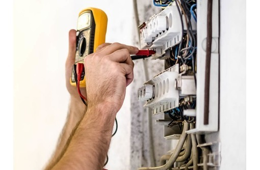 Услуги электрика, электромонтажные работы, фото — «Реклама Евпатории»