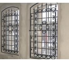 Решетки на окна и двери любой сложности - Металлические конструкции в Евпатории