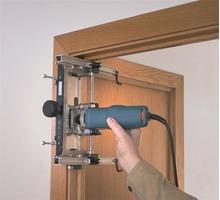 Профессиональная установка дверей - Ремонт, установка окон и дверей в Ялте