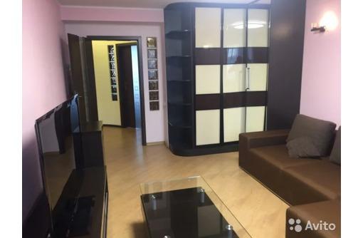 Сдается 2-комнатная, улица Льва Толстого, 35000 - Аренда квартир в Севастополе