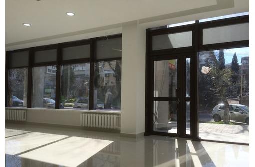 В центре города Сдается многоцелевое помещение по адресу ул Очаковцев, площадью 90 кв.м. - Сдам в Севастополе