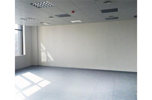 Сдается в Центре города Офисное помещение на Ул. Очаковцев (отличное состояние), площадью 60 кв.м., фото — «Реклама Севастополя»