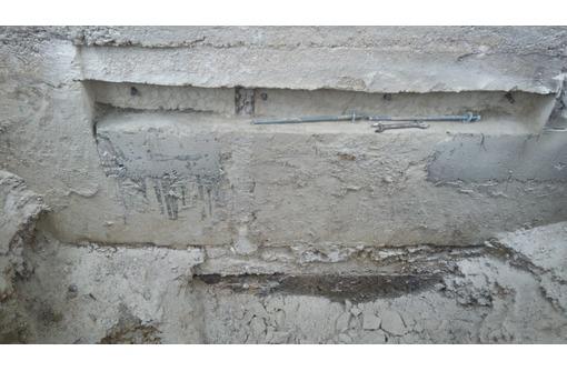 Долбим скалу бетон в Севастополе, фото — «Реклама Севастополя»