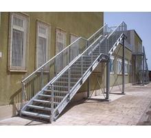 Изготовление и монтаж лестниц из дерева, бетона, камня, металла - Лестницы в Ялте