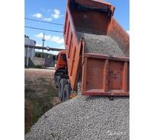привезу щебень и бут бутовый камень по большой Ялте своим самосвалом 15 тонн недорого - Сыпучие материалы в Ялте