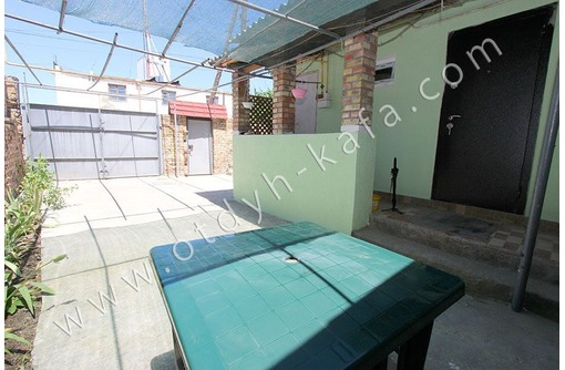 Сдается современный 3-х ком. дом с зоной для отдыха и барбекю - Аренда домов, коттеджей в Феодосии