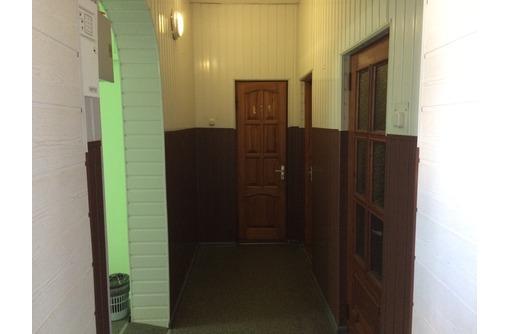 Продается отдельное здание 414кв.м.в Центре ул. Щербака 2, со своей территорией 6соток - Продам в Севастополе