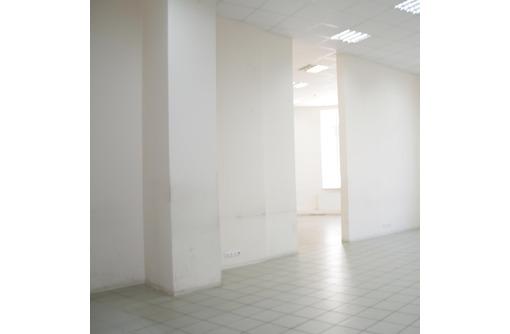 Сдается офисное помещение на ул Большая Морская, площадью 66 кв.м., фото — «Реклама Севастополя»