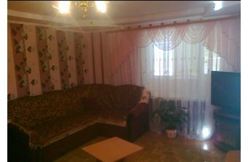 Сдается 2-комнатная, Проспект Генерала Острякова, 23000 рублей - Аренда квартир в Севастополе