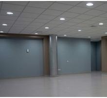Первая линия ул Большая Морская, Торгово-Офисное помещение (первый этаж, отдельный вход), 54 кв.м. - Сдам в Севастополе