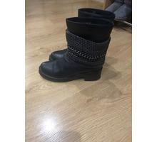 Демисезонные сапоги в отличном состоянии - Женская обувь в Симферополе