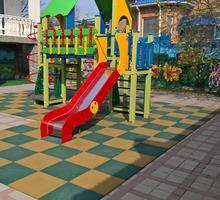 Резиновая плитка для детских площадок Ecostep 500х500, толщина 40мм - Кирпичи, камни, блоки в Ялте
