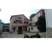 Продается квартира в Ялте, пгт Ореанда два этажа с мансардой - Коттеджи в Симферополе